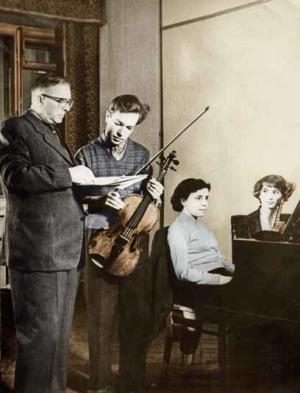 На уроке с В. В. Борисовским. Партия фортепиано - Анна Наумовна Левина